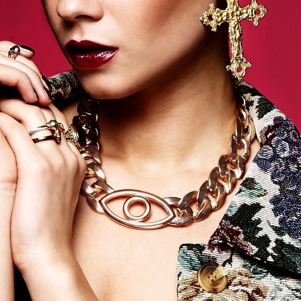 heavy-chains-1 23+ Most Breathtaking Jewelry Trends in 2021 - 2022