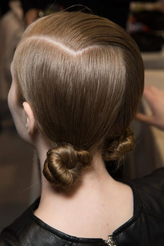 knotted-hairstyle-1 11 Tips on Mixing Antique and Modern Décor Styles