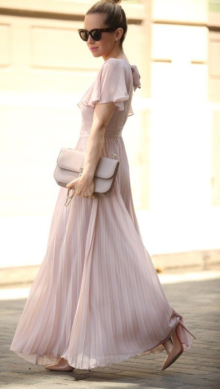 matching-clothing-3 26+ Awesome Handbag Trends for Women in 2020