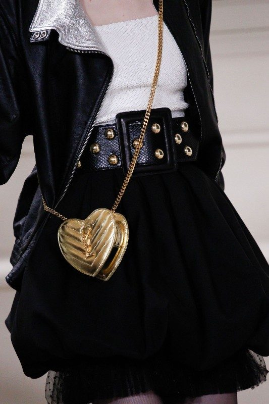 mini-bags-1 26+ Awesome Handbag Trends for Women in 2020