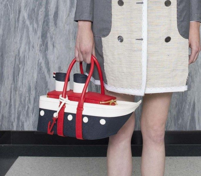 non-traditional-handbags-9 26+ Awesome Handbag Trends for Women in 2020