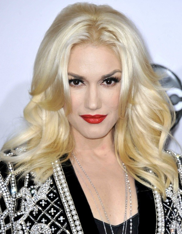 platinum-blonde-2 31+ Marvelous Hair Color Trends for Women in 2020