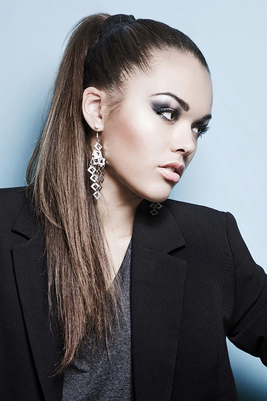 pony-tail Most Trendy Classic Prom Hairstyles of Long Hairs