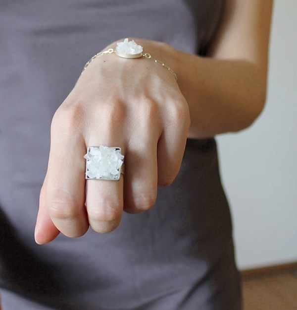 raw-stones-1-2 23+ Most Breathtaking Jewelry Trends in 2020