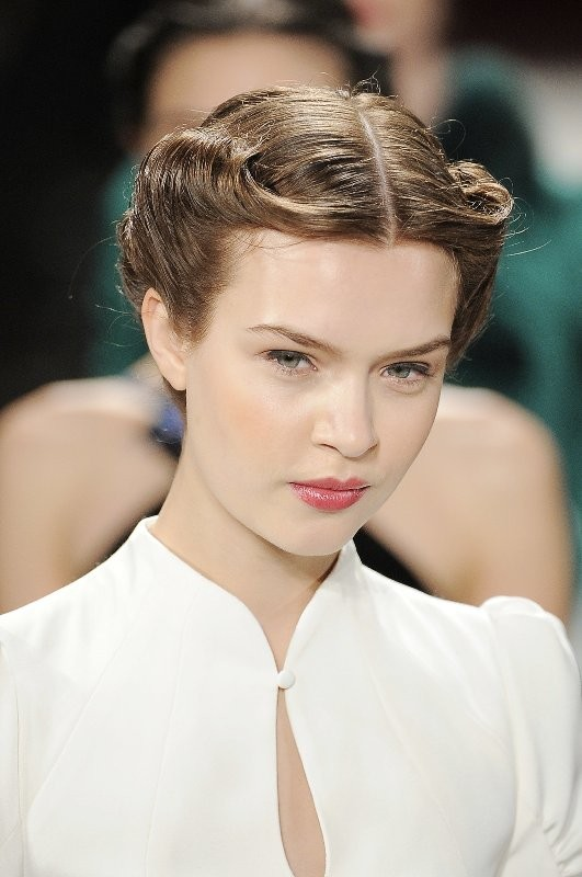 retro-hairstyles 20+ Hottest Haircuts & Hairstyles for Women in 2020