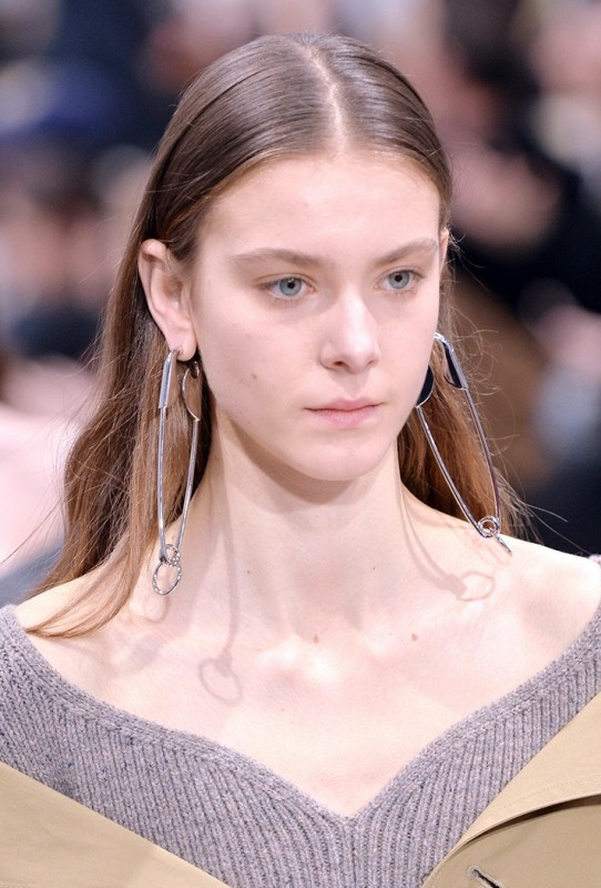 safety-pins-1 23+ Most Breathtaking Jewelry Trends in 2021 - 2022