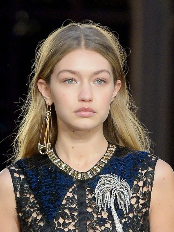 safety-pins-2 23+ Most Breathtaking Jewelry Trends in 2020