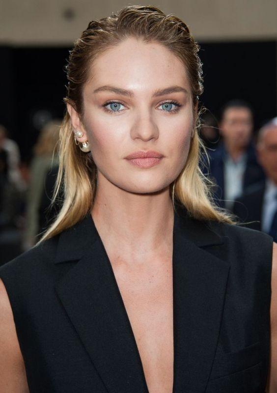 single-earrings-1 23 Most Breathtaking Jewelry Trends in 2017