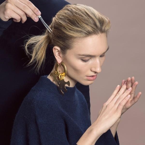 single-earrings-5 23+ Most Breathtaking Jewelry Trends in 2021 - 2022