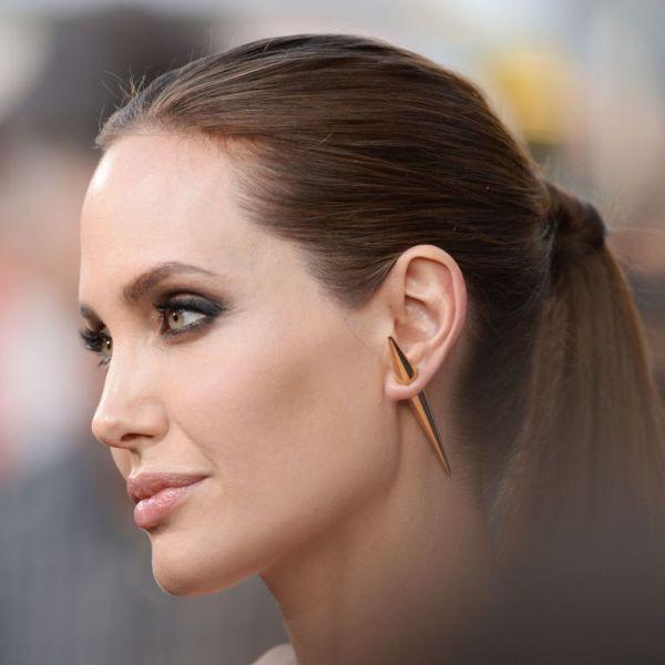 single-earrings-7 23+ Most Breathtaking Jewelry Trends in 2021 - 2022
