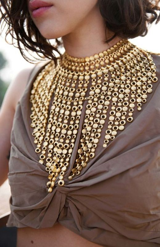 statement-pendants-and-necklaces-2 23+ Most Breathtaking Jewelry Trends in 2021 - 2022