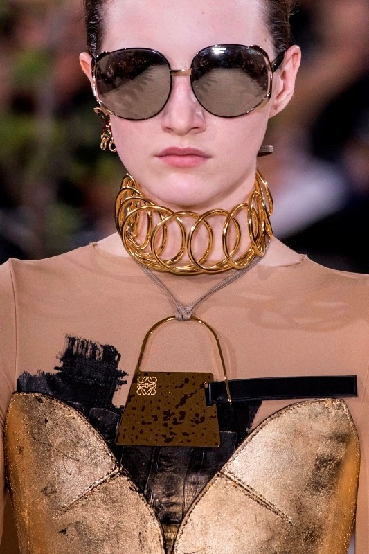 statement-pendants-and-necklaces-4 23+ Most Breathtaking Jewelry Trends in 2020