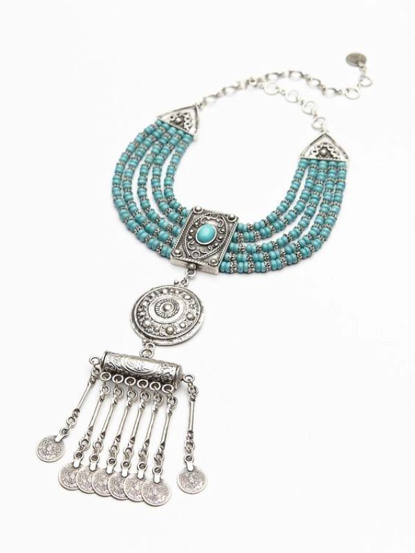 statement-pendants-and-necklaces 23+ Most Breathtaking Jewelry Trends in 2020