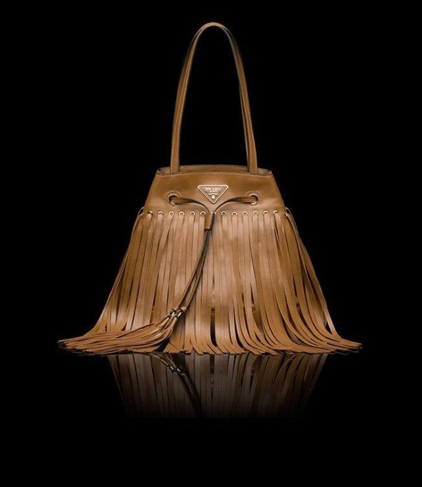 tassels-and-fringes-5 26+ Awesome Handbag Trends for Women in 2018