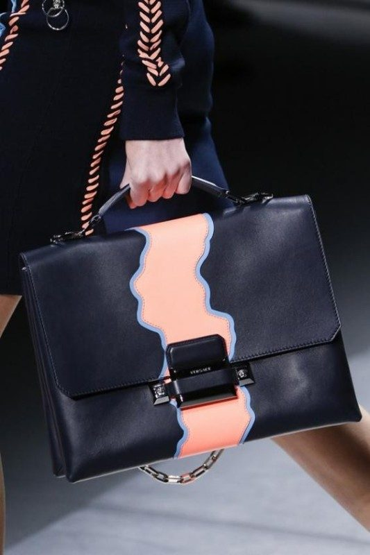 top-handles-2 26+ Awesome Handbag Trends for Women in 2020