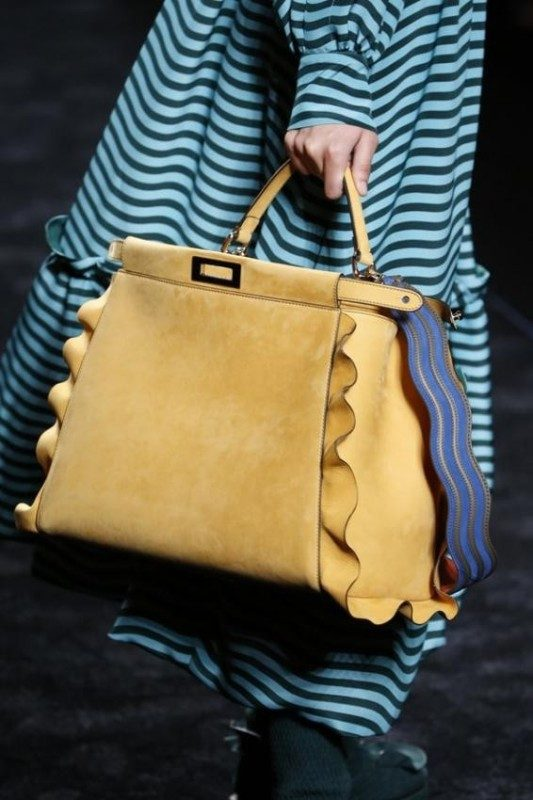 trapezoid-shapes-6 26+ Awesome Handbag Trends for Women in 2018