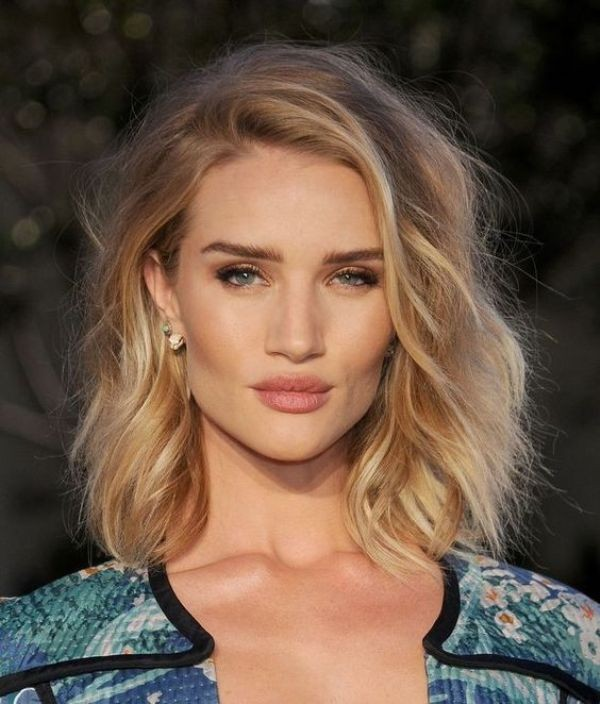 wavy-hair-7 20+ Hottest Haircuts & Hairstyles for Women in 2020