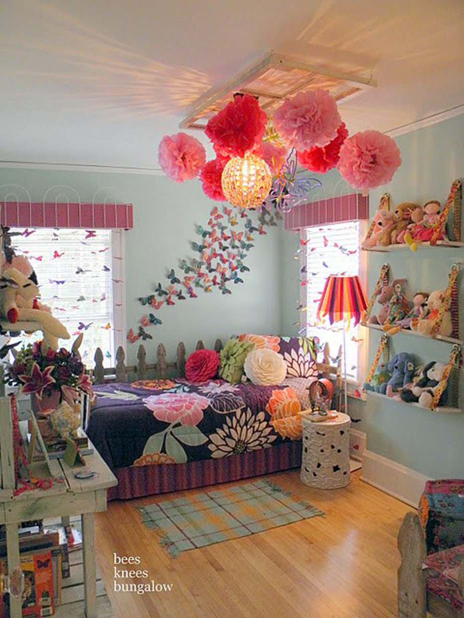 wonderful-globe-pendant-lamps-beauty-pink-big-flowers-hanging-crafts-wooden-floor-gingham-patterned-blue-floor-mat-wooden-fence-shape-platform-bed-floral-patterned-bedding-sheets-and-pillows-blue-wall +25 Marvelous Kids' Rooms Ceiling Designs Ideas