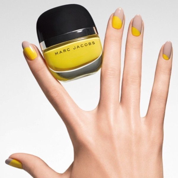 Two-colors-13 28+ Dazzling Nail Polish Trends You Must Try in 2021