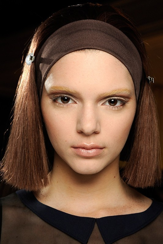 bleached-brows-1 14 Latest Makeup Trends to Be More Gorgeous in 2020