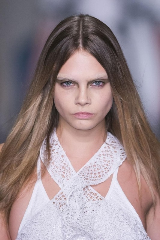bleached-brows 14 Latest Makeup Trends to Be More Gorgeous in 2020