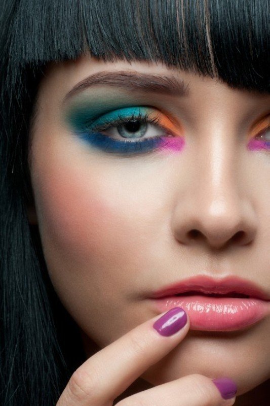 colorful-eye-makeup-1 14 Makeup Trends to Be More Gorgeous in 2017