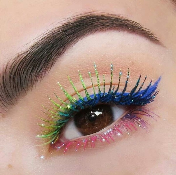 colorful-eye-makeup-2 Three Accessories That Brides Shouldn't Skip