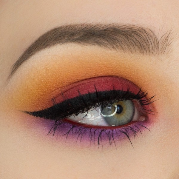 colorful-eye-makeup-6 14 Latest Makeup Trends to Be More Gorgeous in 2020