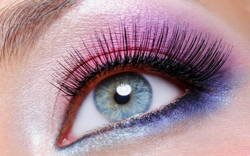 colorful-eye-makeup-7 14 Makeup Trends to Be More Gorgeous in 2017