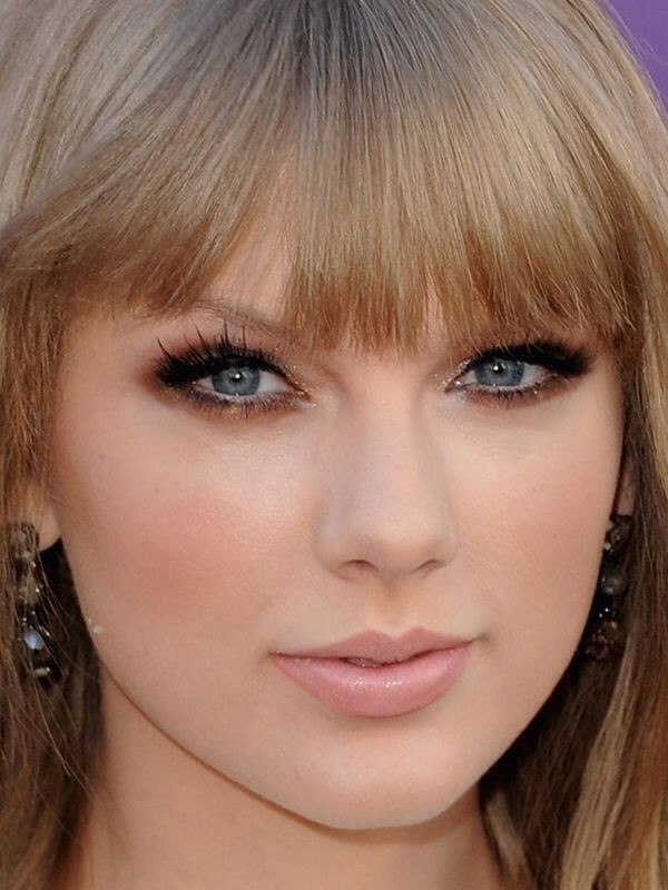 copper-eye-makeup 14 Makeup Trends to Be More Gorgeous in 2017