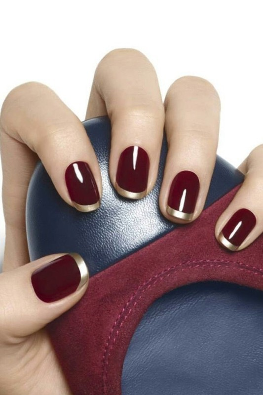 dark-nails-3 28+ Dazzling Nail Polish Trends You Must Try in 2021