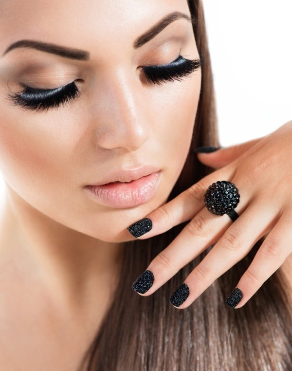 dark-nails-6 28+ Dazzling Nail Polish Trends You Must Try in 2021