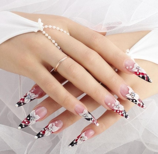 embellished-nails-12 28+ Dazzling Nail Polish Trends You Must Try in 2021