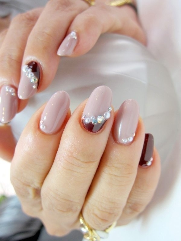 embellished-nails-2 28+ Dazzling Nail Polish Trends You Must Try in 2021