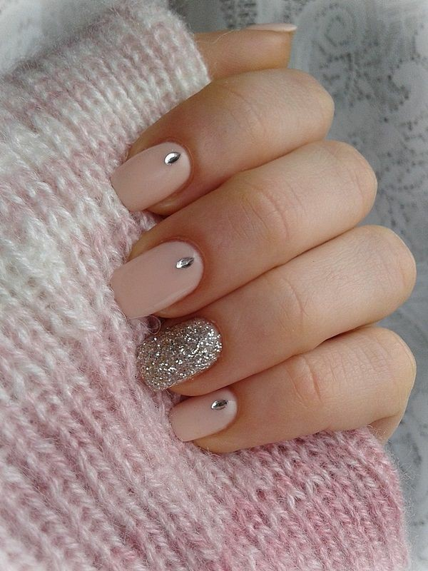 embellished-nails-3 28+ Dazzling Nail Polish Trends You Must Try in 2021