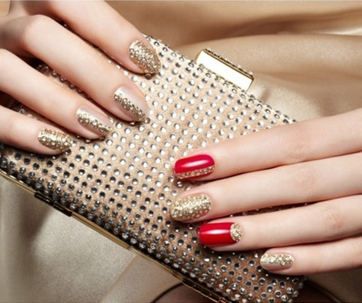 embellished-nails-5 28+ Dazzling Nail Polish Trends You Must Try in 2019