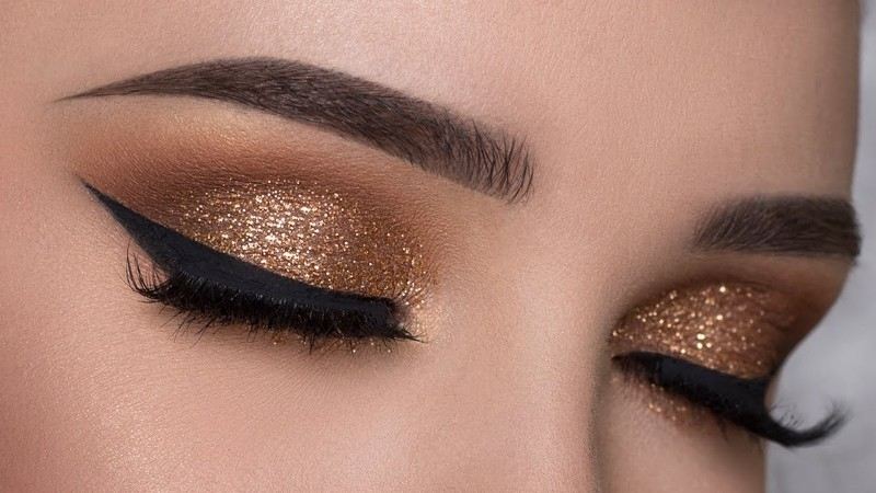 glittering-eyes-5 14 Latest Makeup Trends to Be More Gorgeous in 2020