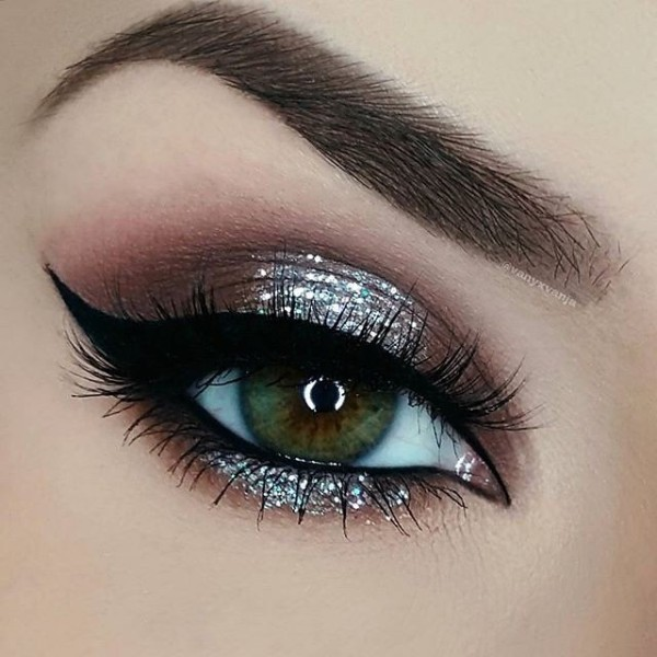 glittering-eyes-7 14 Latest Makeup Trends to Be More Gorgeous in 2020