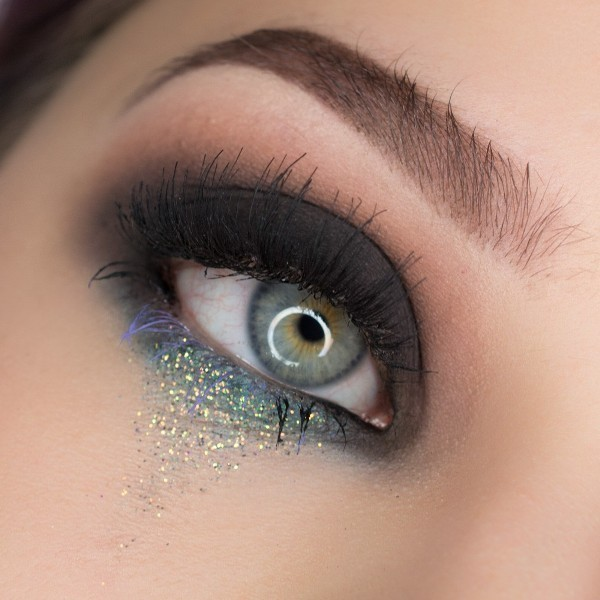 glittering-eyes-8 14 Latest Makeup Trends to Be More Gorgeous in 2020