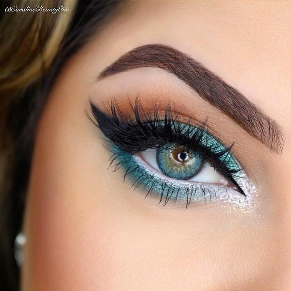 long-and-thick-eyelashes-6 14 Makeup Trends to Be More Gorgeous in 2017