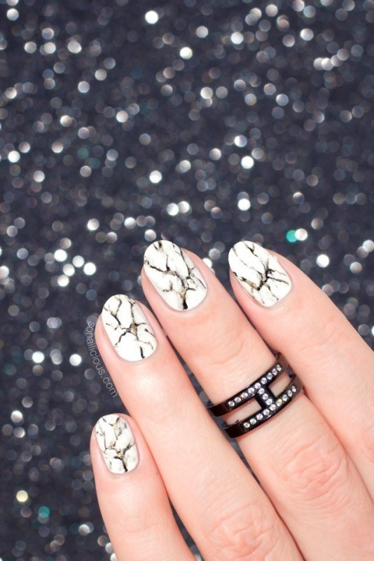 marble-nails-1 28 Dazzling Nail Polish Trends You Must Try in 2017