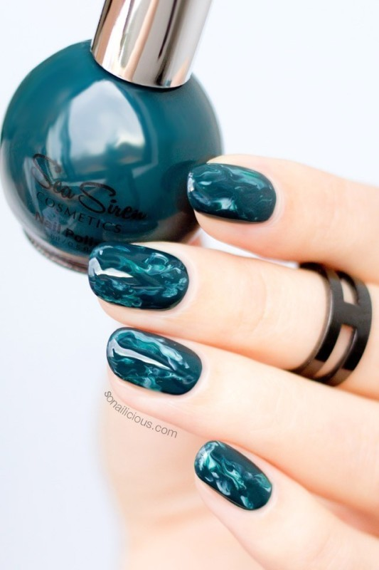 marble-nails-3 28 Dazzling Nail Polish Trends You Must Try in 2017