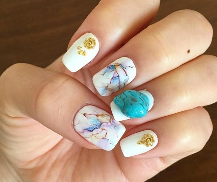 marble-nails-6 28+ Dazzling Nail Polish Trends You Must Try in 2019