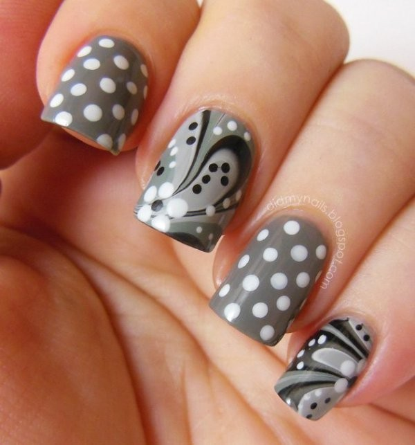 marble-nails-7 28+ Dazzling Nail Polish Trends You Must Try in 2021