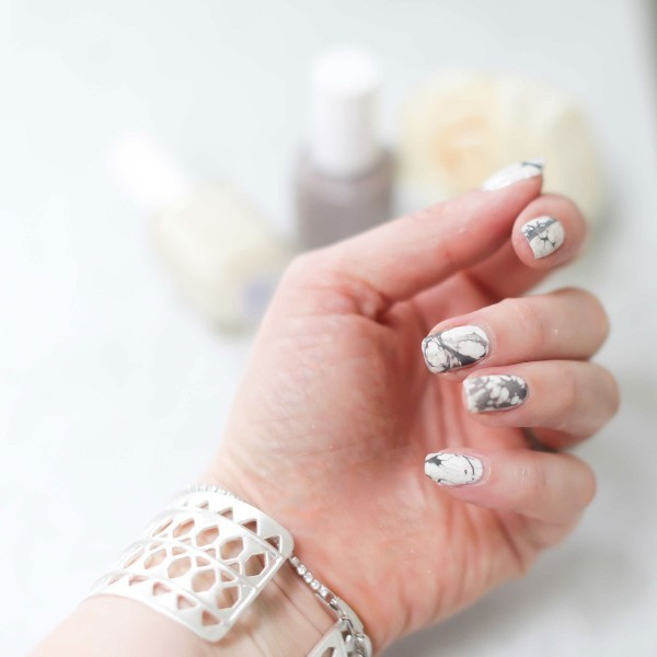 marble-nails-8 28+ Dazzling Nail Polish Trends You Must Try in 2018
