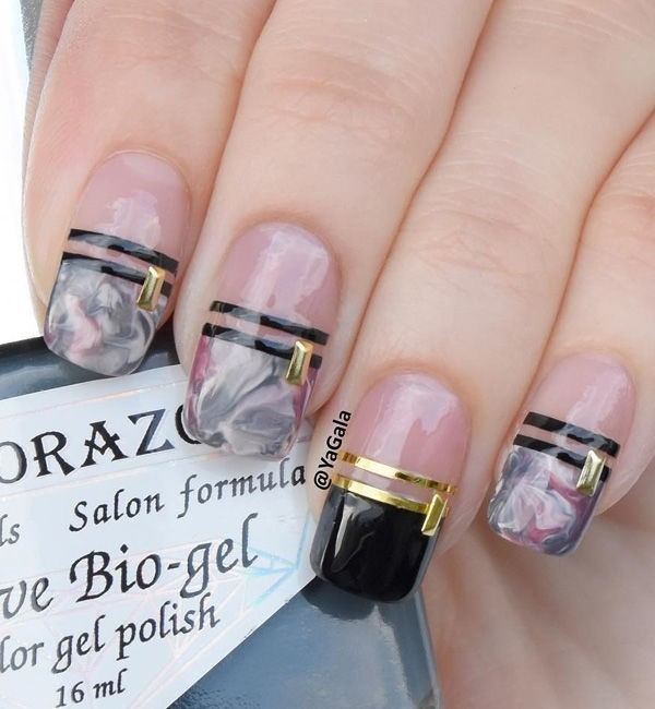 marble-nails-9 28+ Dazzling Nail Polish Trends You Must Try in 2021