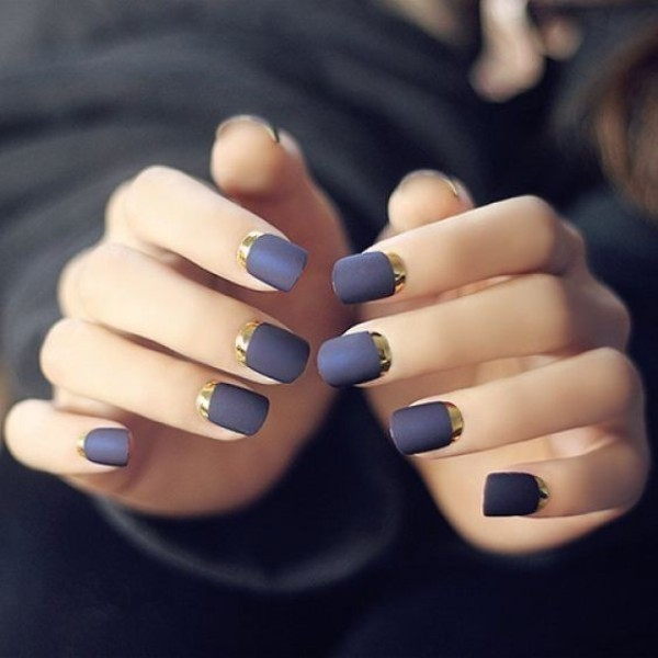 metallic-nails-10 28+ Dazzling Nail Polish Trends You Must Try in 2021