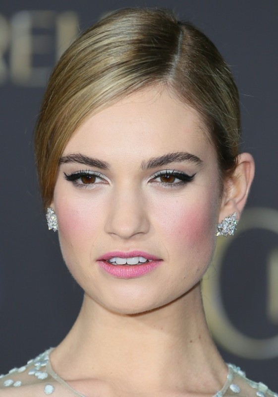 natural-brows-4 14 Latest Makeup Trends to Be More Gorgeous in 2020