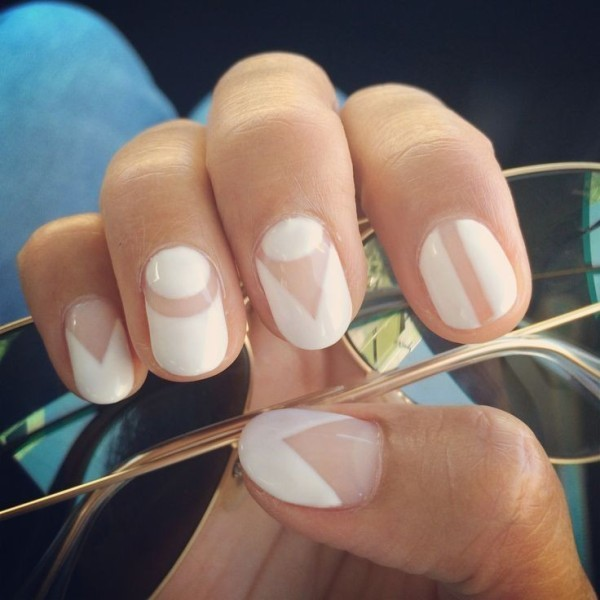 negative-space-nails-15 28+ Dazzling Nail Polish Trends You Must Try in 2021