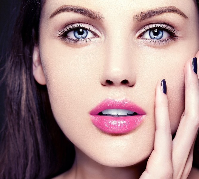 pink-lips-6 14 Makeup Trends to Be More Gorgeous in 2017